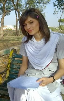 Neelam Muneer biography, Neelam Muneer age, Neelam Muneer childhood young beautiful Pics, Neelam Muneer education, Neelam Muneer parents, Neelam Muneer net worth, Neelam Muneer father, Neelam Muneer mother, Neelam Muneer wiki, Neelam Muneer date of birth, Neelam Muneer family, Neelam Muneer husband, boyfriend, Neelam Muneer career, Neelam Muneer daughter, Neelam Muneer son, Neelam Muneer marriage pics, Neelam Muneer awards, Neelam Muneer marriage video,