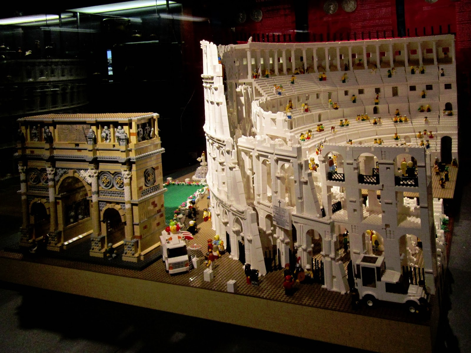 LEGO (kockice) Colosseum_004