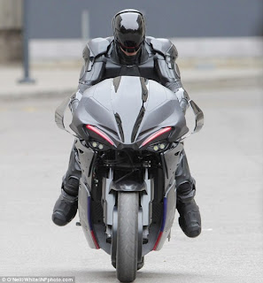 TUNGGANGAN MOTOR ROBOCOP 2013