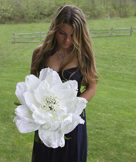 Decorating with Paper Flowers: One Big Flower Bouquet