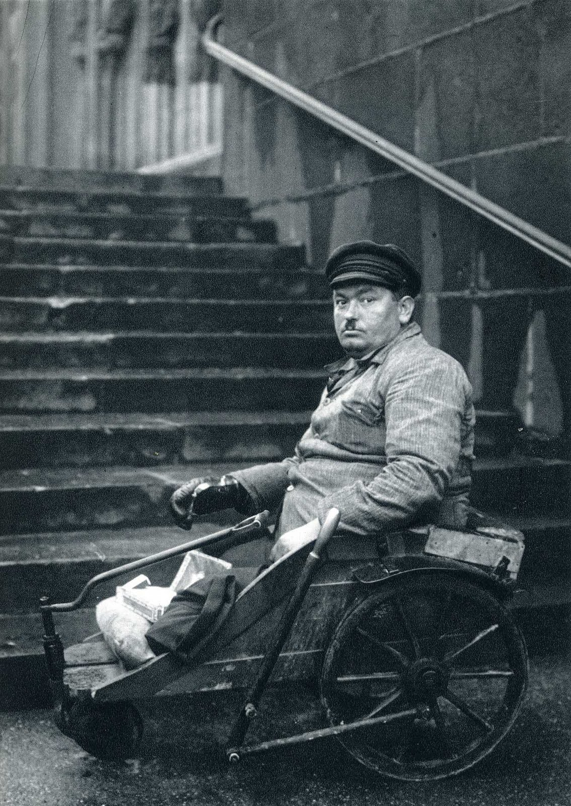 THE PHOTOGRAPHY FILES: August Sander | 1134 x 1600 jpeg 530kB