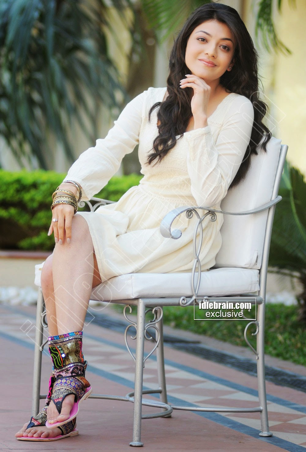 Kajal Agarwal sitting