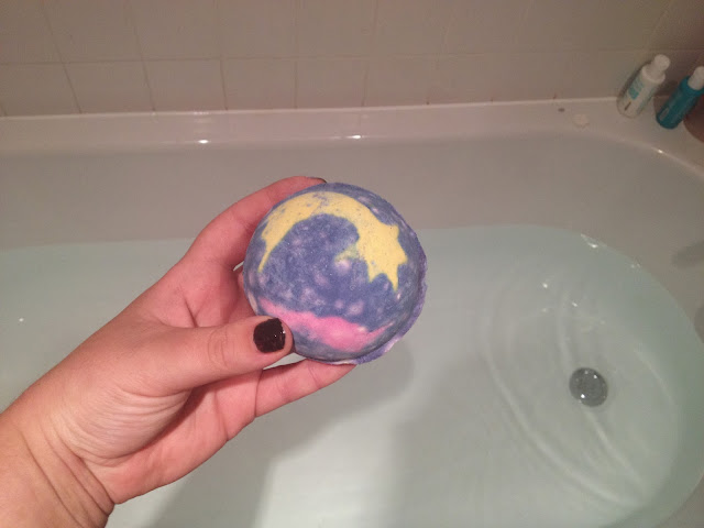 Lush Shoot For The Stars Bath Ballistic