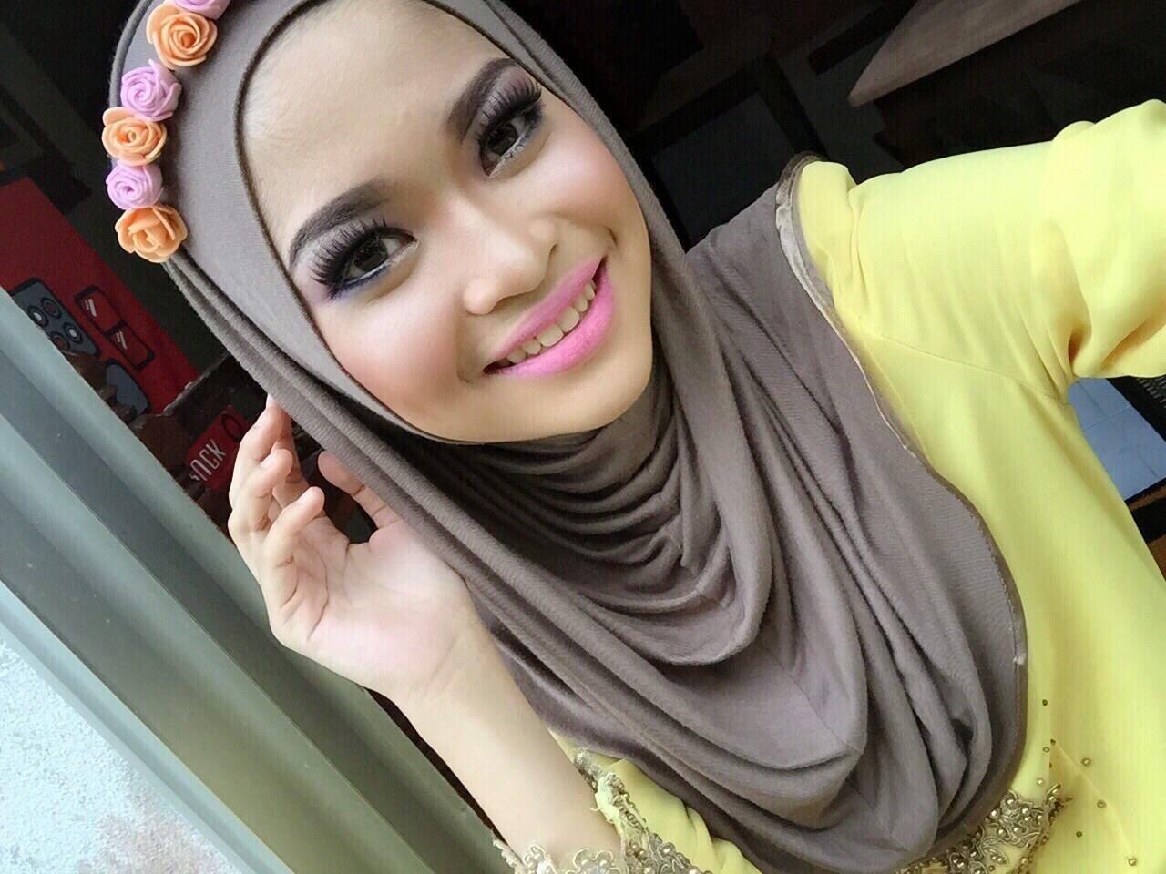 Make-Up By Yna Dona