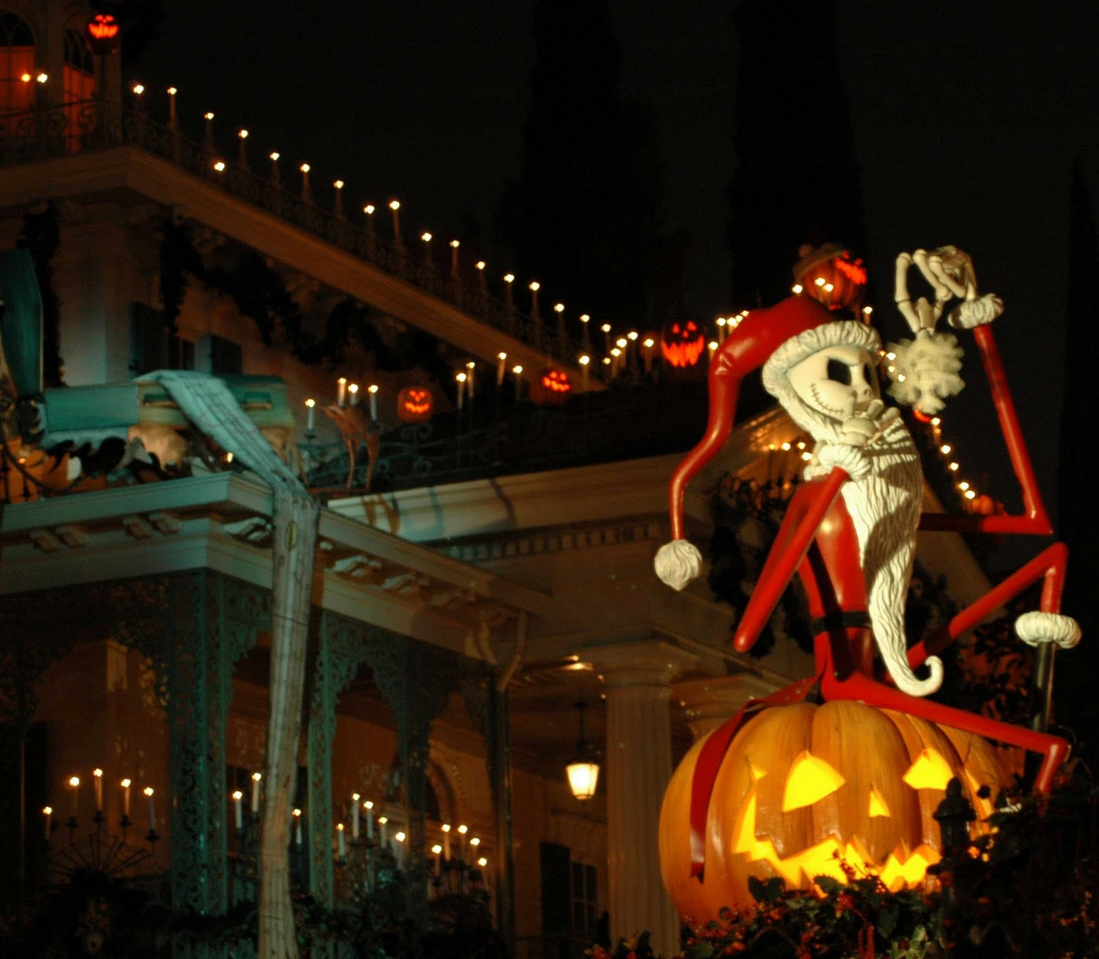 Tickets for Disneyland's Mickey's Halloween Party go on sale July ...