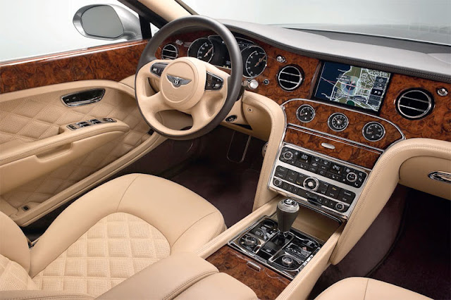 2013 Bentley Mulsanne Front Interior
