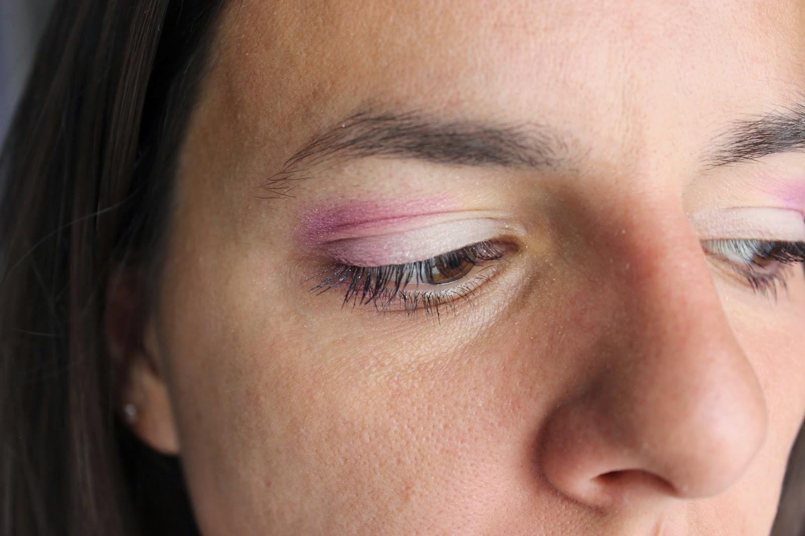 Make up bareminerals rose et blanc