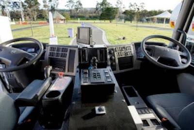 Γιατί σε κάποιες χώρες το τιμόνι είναι από τη δεξιά πλευρά;