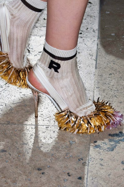 Rochas-elblogdepatricia-shoes-trendalert-uglyshoes-calzado-calzature-scarpe