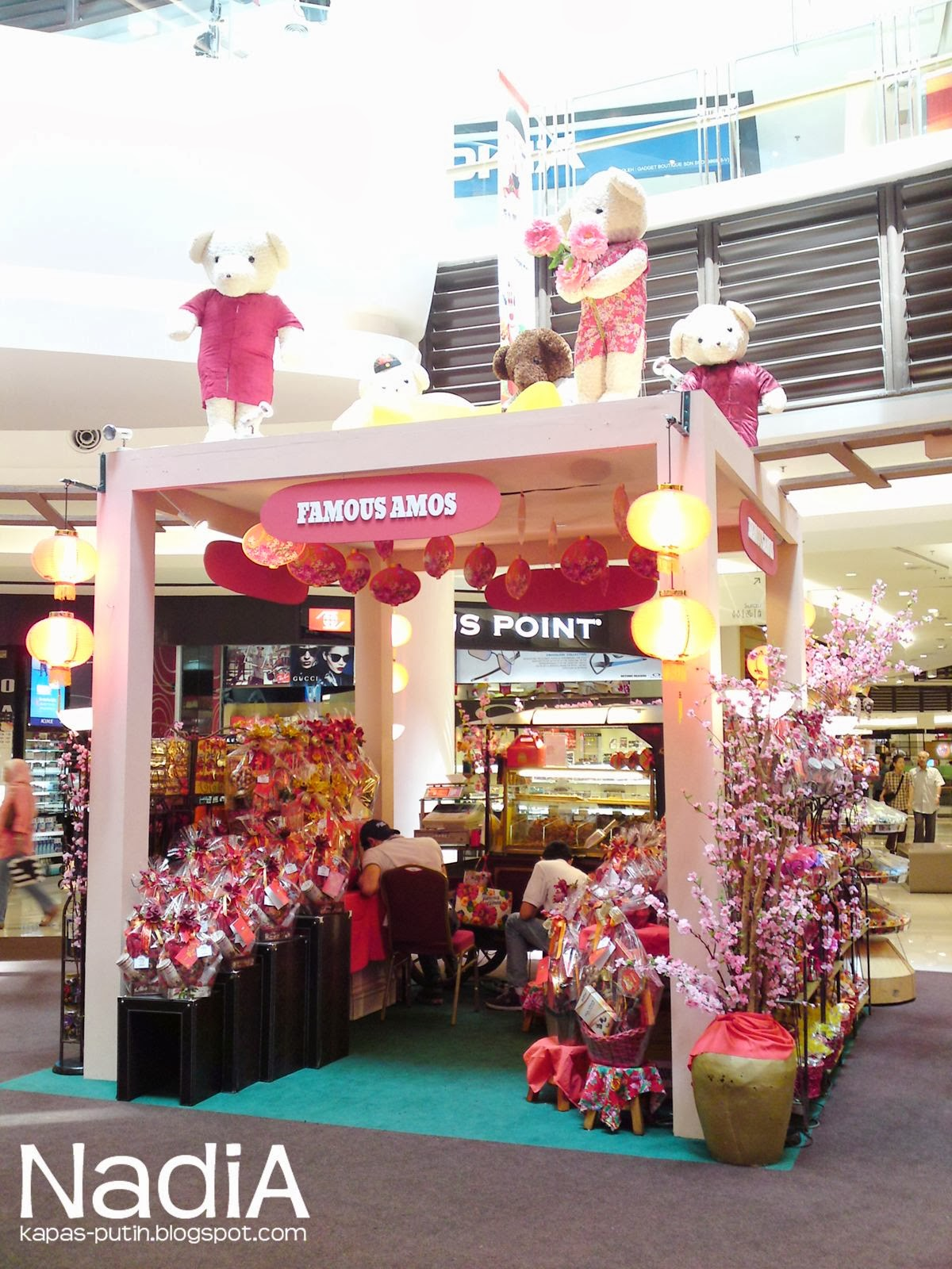 Booth beary land