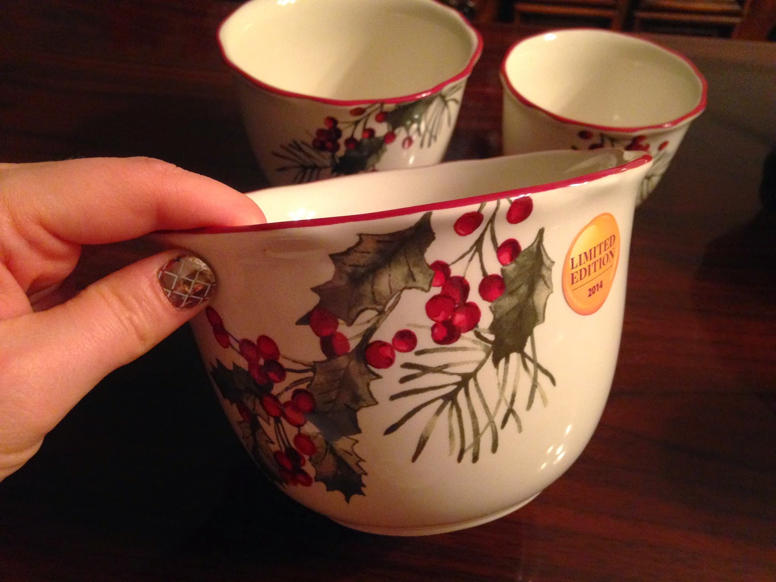 better homes and gardens christmas serving bowl 994 in store only