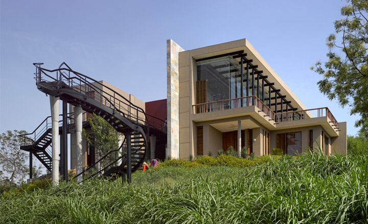 Bridge house baroda by aniket bhagwat new projects by for Architecture design for home in vadodara