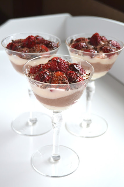 Strawberry and Chocolate Parfaits- sure to wow your loved one this Valentine's Day! Takes 10 minutes to make and is healthier than many desserts!