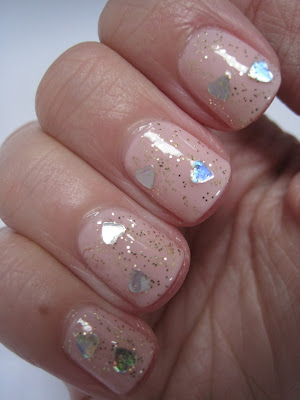 Revlon-Hearts-of-Gold-glitter-polish