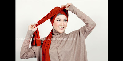 Cara Memakai Hijab Pashmina Styles Dengan Serut Kombinasi Headband
