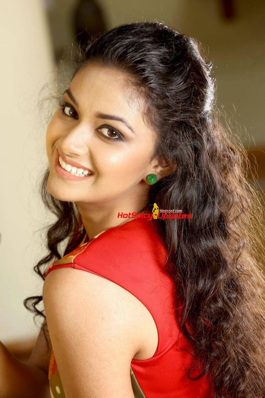 Keerthy Suresh Navel Keerthi Suresh Latest Cute