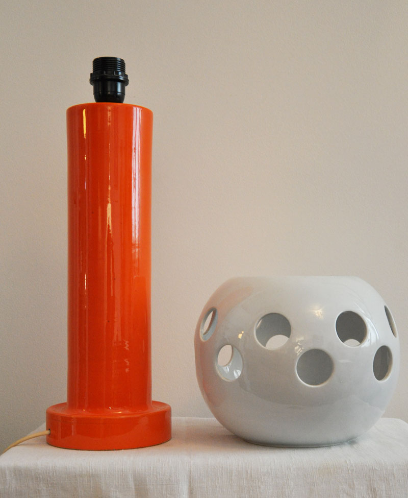 lampe c ramique italie 1970 l 39 amateur eclair. Black Bedroom Furniture Sets. Home Design Ideas