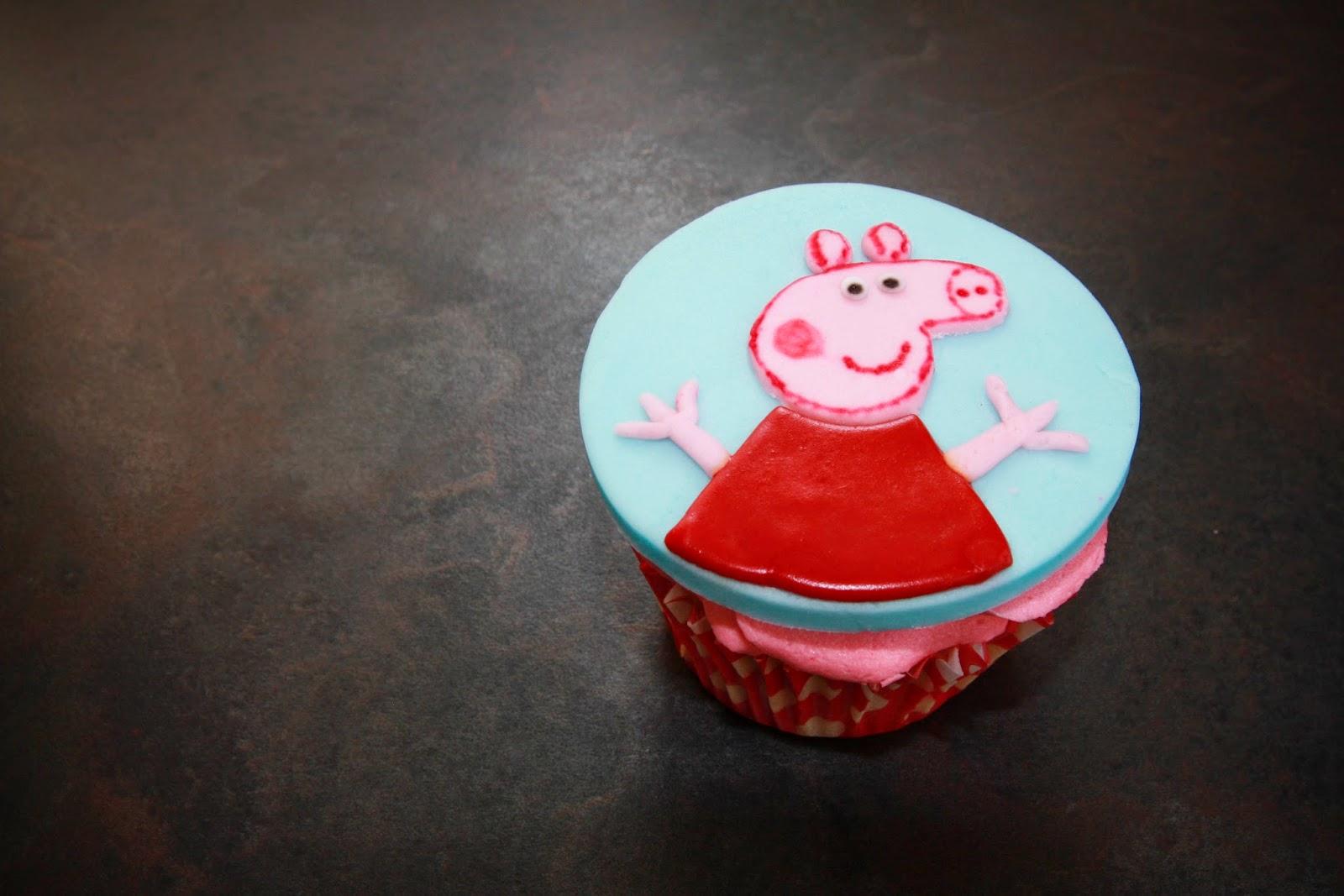 1 Peppa Pig cupcake