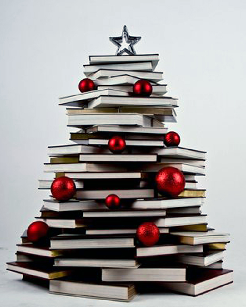 Detallelogia rboles de navidad reciclando papel for Christmas tree made from old books