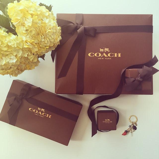 flower, coach swagger bag, coach gift box, fashion blog, coach