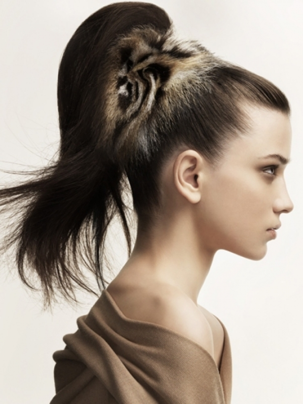 Cool This Hairstyle Is Multifunctional And Perfect For Onthego Girls Its A Sleek Updo Thats Versatile Enough To Take Your Hair Desk To Date In A Hurry And Need A Quick And Easy Updo Before You Run Out The Door? No WorriesIve Got You Covered!