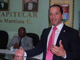 Alcalde de Santo Domingo Este informa mejora recogida de basura