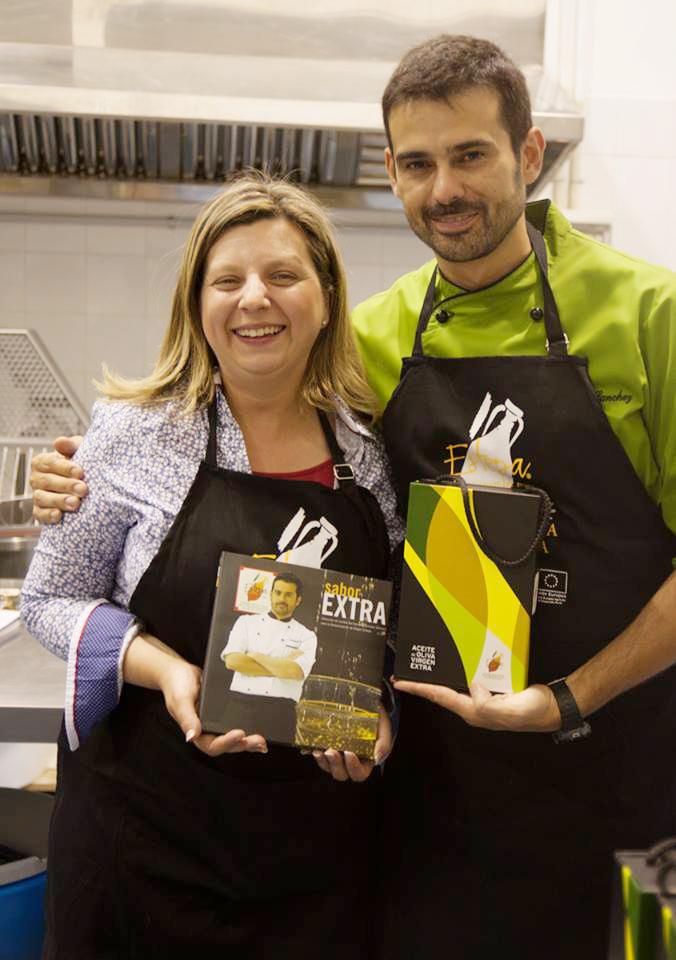 Cocinando entre olivos taller de cocina con enrique for Cocinando entre olivos