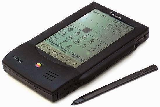 Apple Newton PDAs é considerado um avô do iPad, mas não teve sucesso, mesmo tendo ficado no mercado de 1987 a 1998