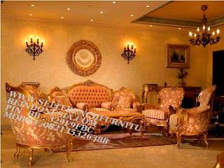 Jual mebel jepara,mebel ukir jati jepara,sofa jati jepara furniture mebel ukir jati jepara jual sofa tamu set ukir sofa tamu klasik set sofa tamu jati jepara sofa tamu antik sofa jepara mebel jati ukiran jepara SFTM-55019 Sofa jati Klasik