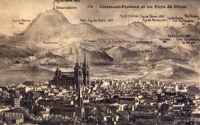 Clermont-Ferrand, la chaîne des Puys.