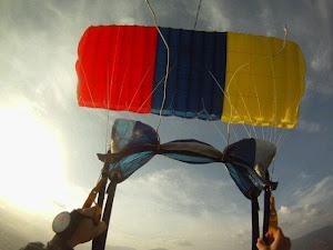 """Mi Paracaídas alias """"LA BELLA"""""""
