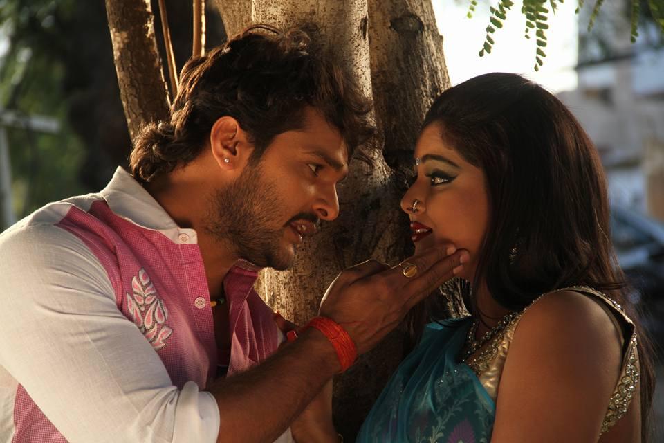 Anjana Singh and Khesari Lal Yadav ON Set of Dabang Aashiq Bhojpuri Film Shooting photo
