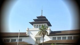 10 Kisah Horor Paling Seram Tentang Gedung Sate di Bandung