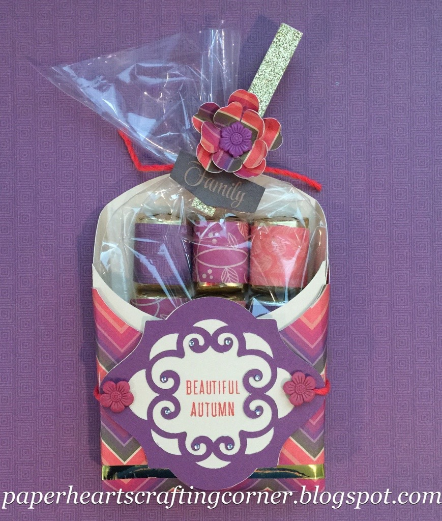 The inidually wrapped chocolates would be a nice take away gift for our guests. You could even print out names and use these for inidual place ... & Paper Hearts Crafting Corner: Autumn French Fry Box Using Sangria