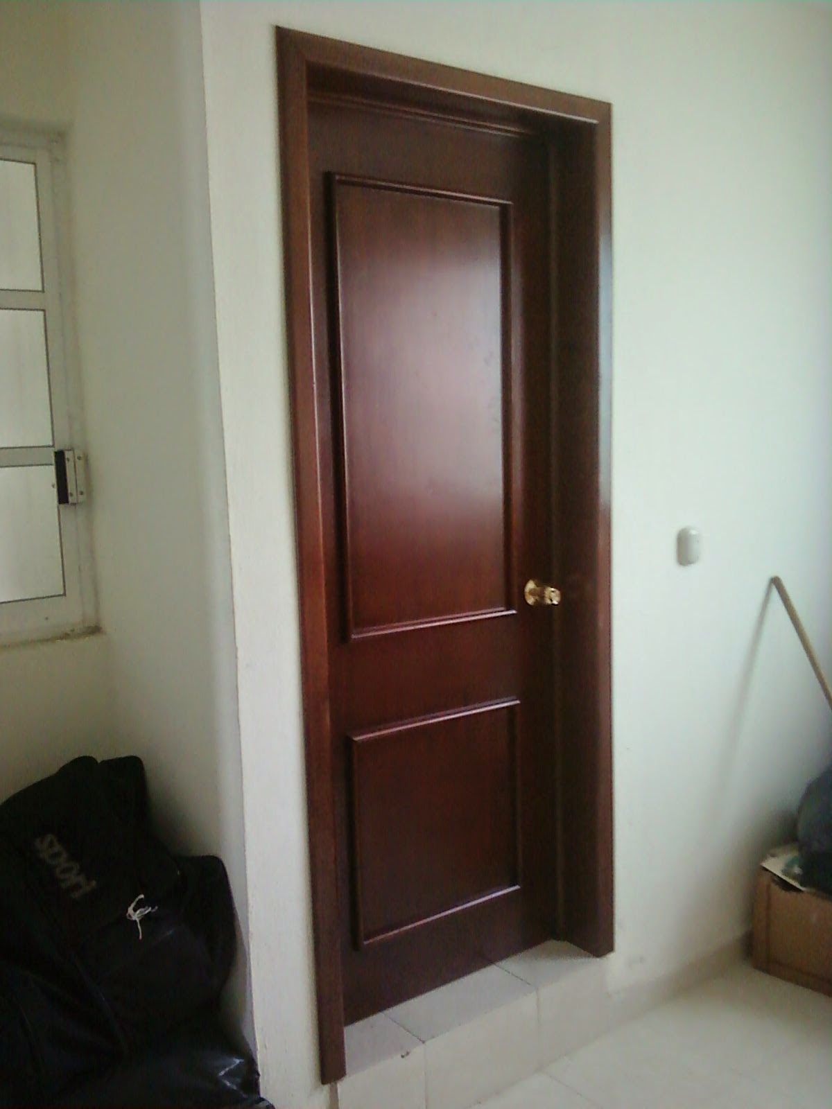 Masterpiece ebanisteria puertas for Puertas vaiven para cocina