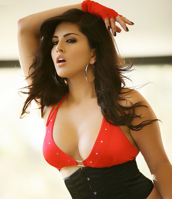 Sunny leone sexy wallpapers download