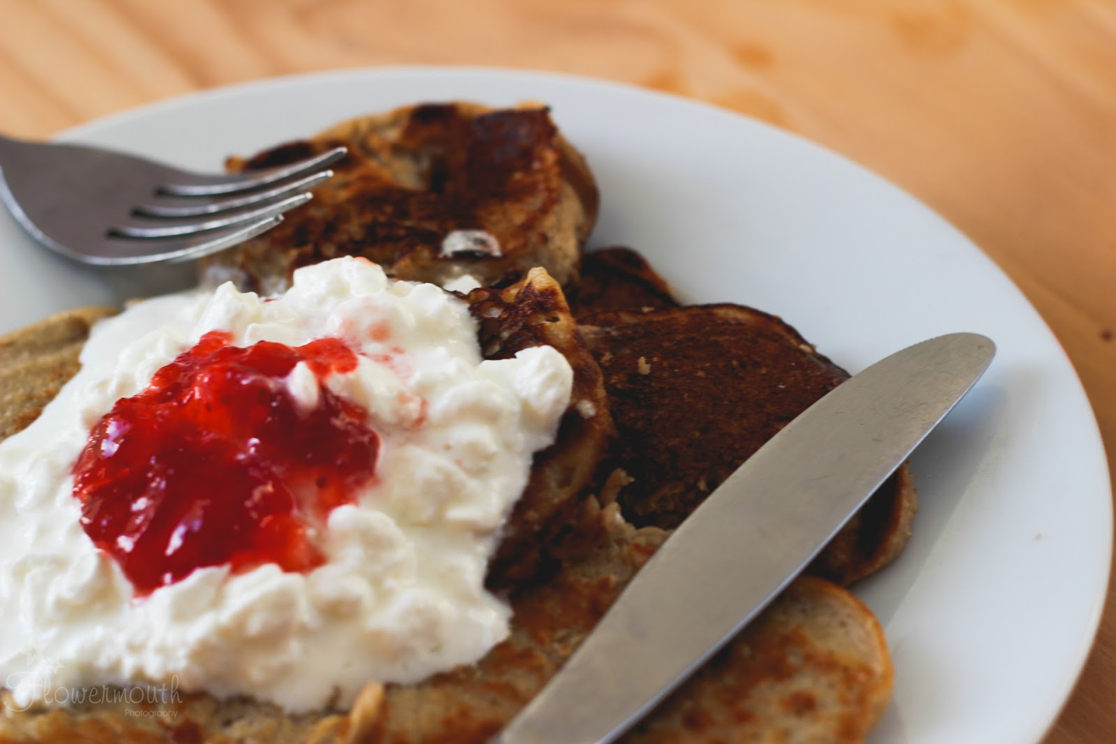 Gluten Free Healthy Banana pancakes topped with cottage cheese