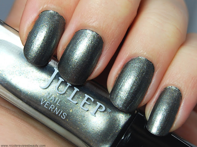 Julep Nail Vernis in Stefani Swatch