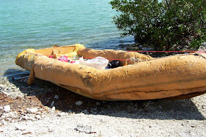 16 Cubans recently made it to America on this homemade raft!!