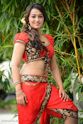 Ester Noronha Hot photos-thumbnail-8