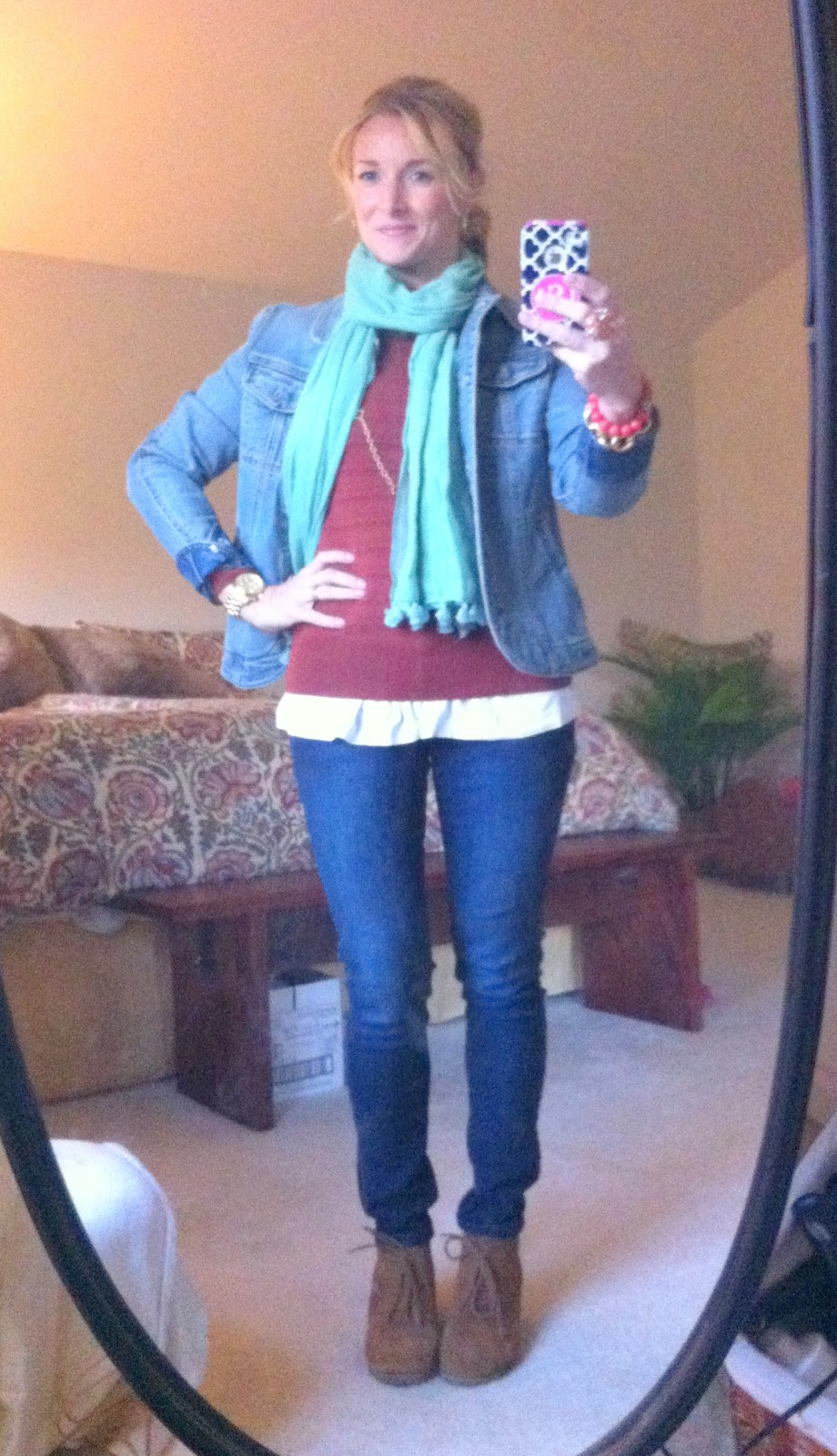 Fashion, 5 Minute Fashion, Layering, styling, on-the-go mom, wedges, jeans, scarves, jewelry