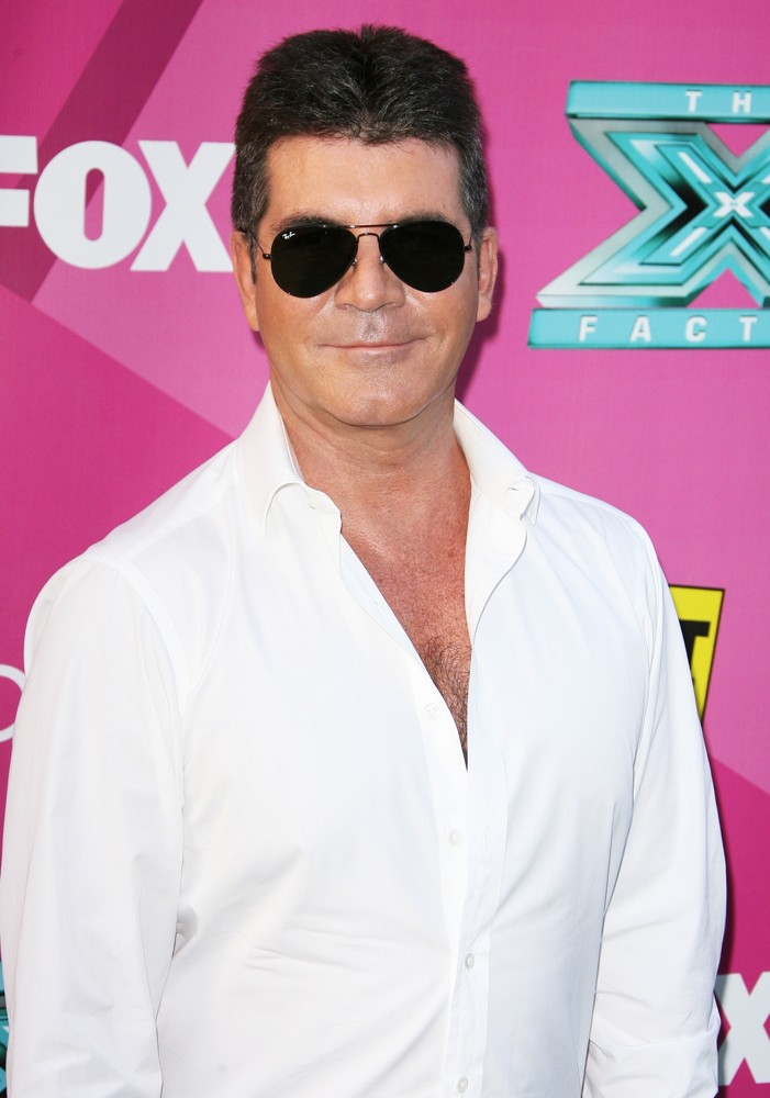 Simon Cowell Is The Latest Victim Of 911 Hoax A Prank Caller Claimed