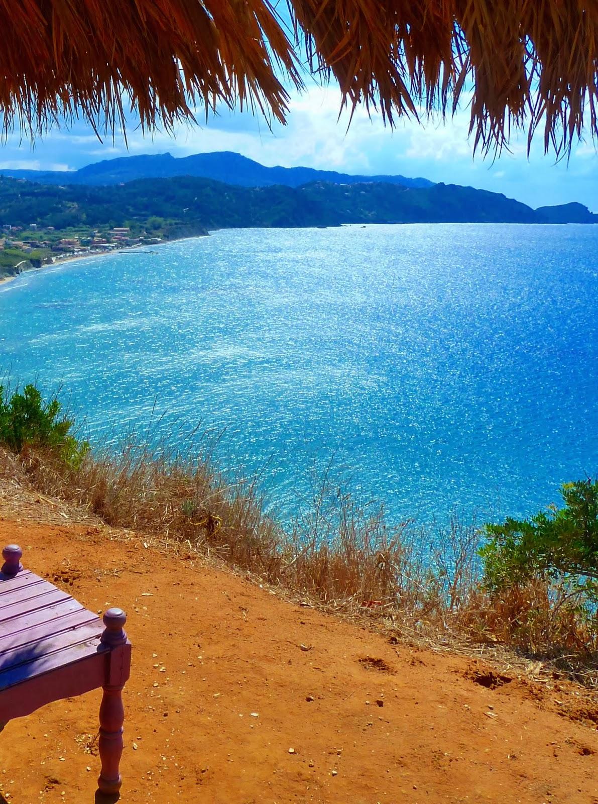 Blick auf die Bucht von Arillas (Korfu)