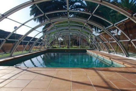 Naves prefabricadas baratas si busca naves prefabricadas for Cubiertas de piscinas baratas