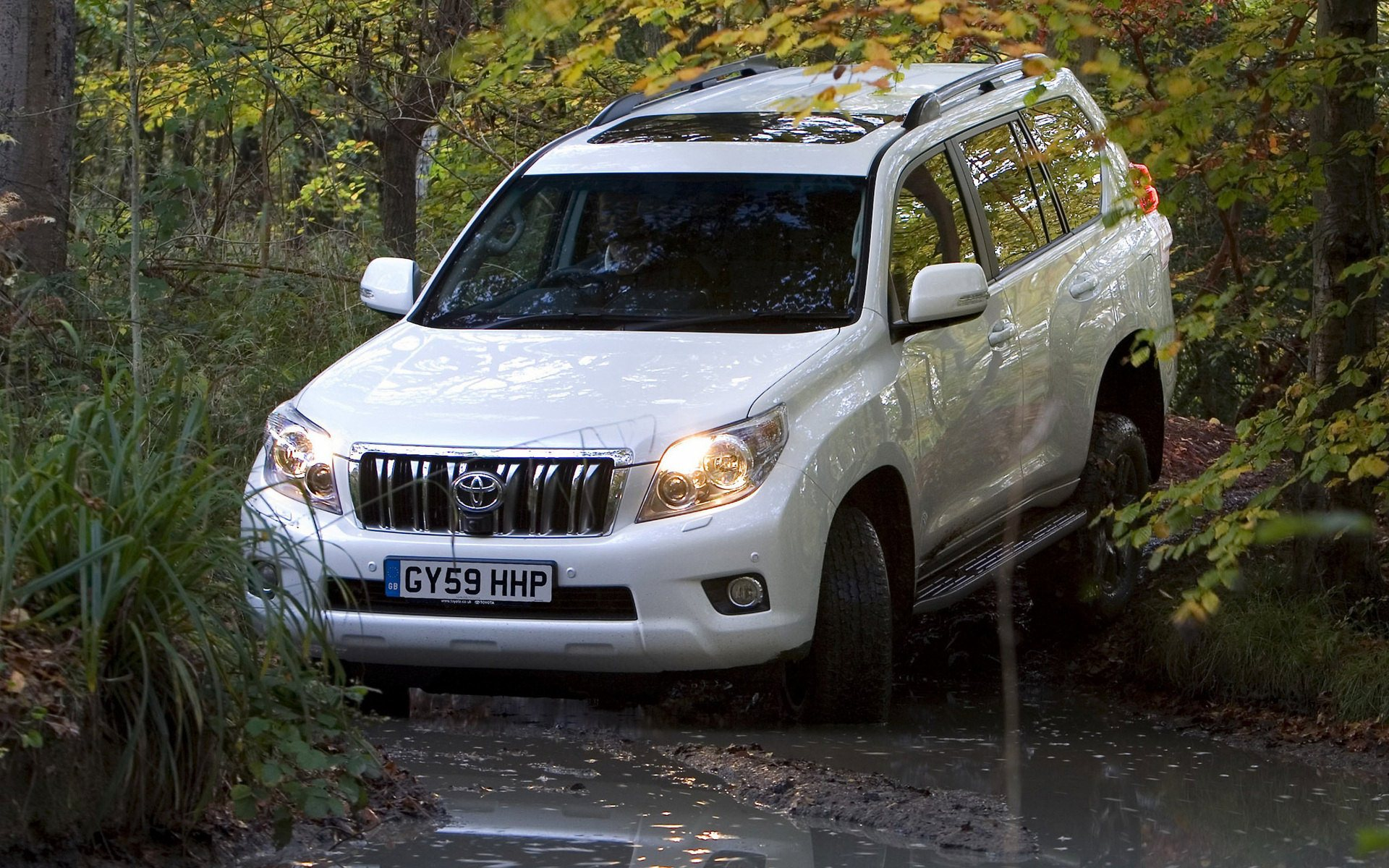 Land Cruiser Prado Off Road Widescreen HD Wallpaper