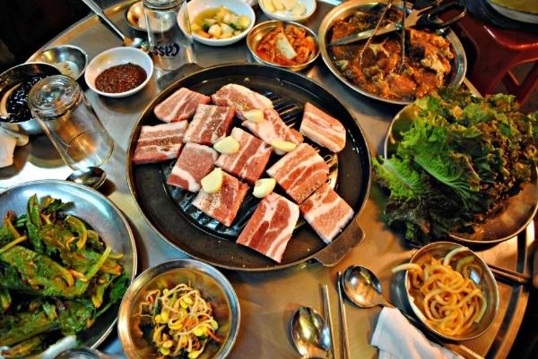 http://www.quanhanquoc.com/2015/12/menu-mon-nha-hang-han-quoc-shirisan.html