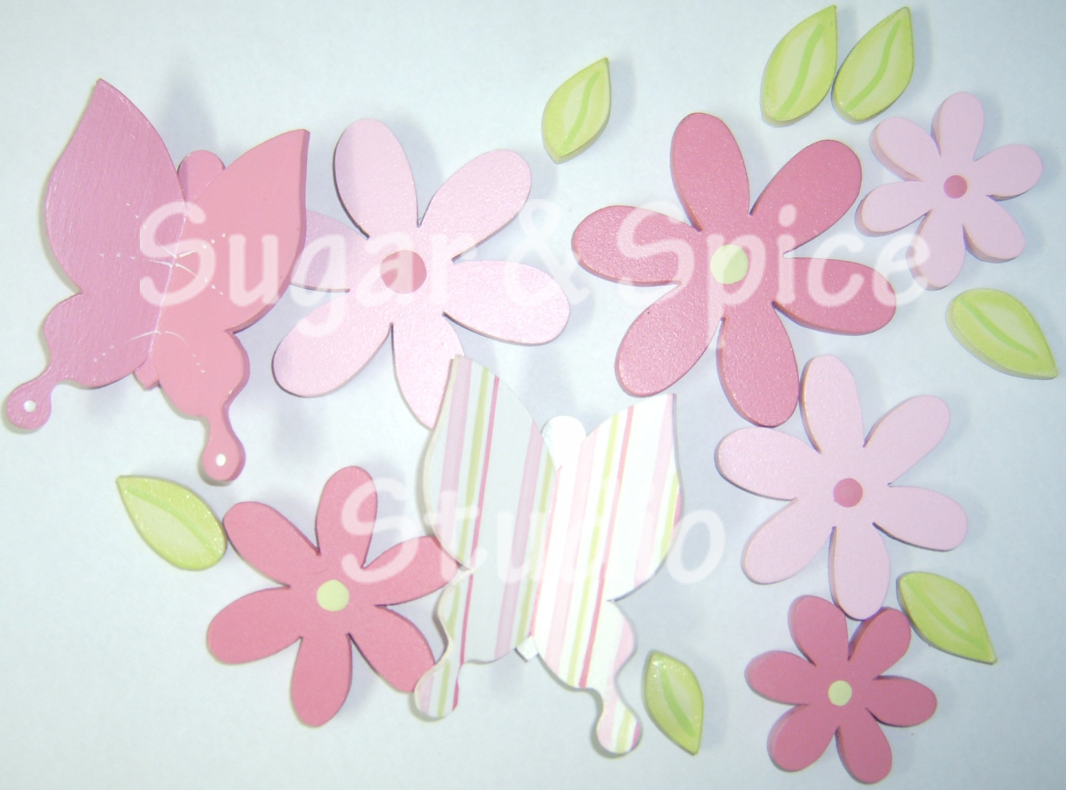 Sugar spice studio apliques para decorar las paredes del cuarto - Flores para decorar paredes ...
