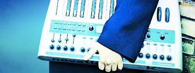 cosa fare sabato 27 luglio fuori Milano: Grand Piano Mobile Silent DJ Night - Monticello Brainza