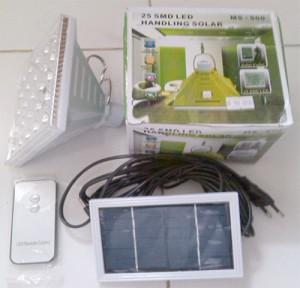 lampu canggih bisa di charge listrik dan tenaga matahari