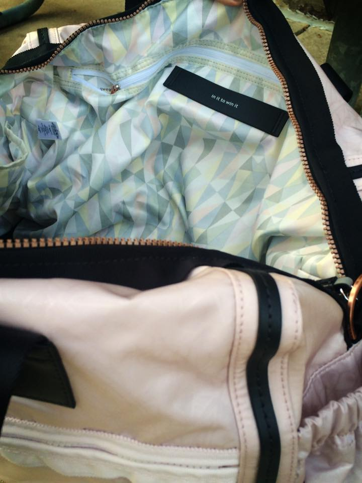 lululemon weekend warrior bag